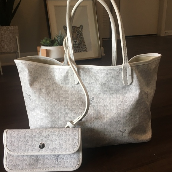 how much is a goyard tote